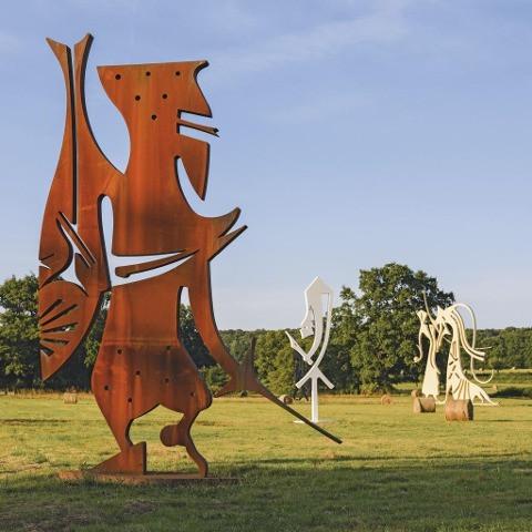 Parc de sculptures Erich Engelbrecht, Château des Fougis